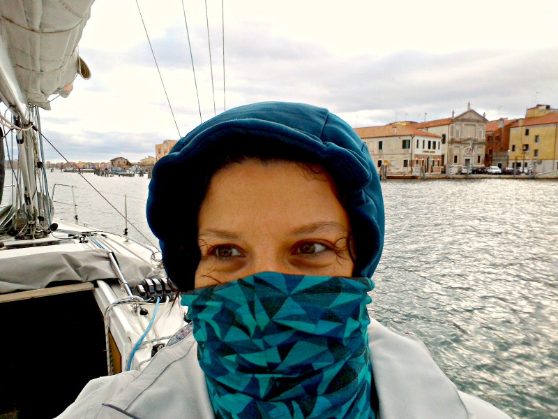 Come vestirsi in barca a vela in inverno