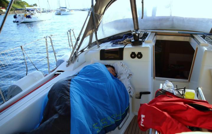 Cosa portare per dormire in barca a vela