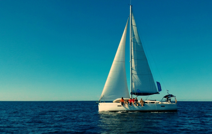 Vacanza in barca a vela con gli amici
