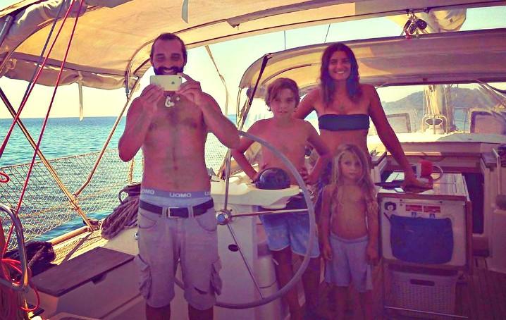 vivere in barca con bambini: come si fa?
